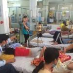 Sốt xuất huyết lên đỉnh dịch, Bộ Y tế cấm tăng giá thuốc